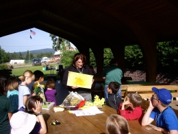 Melissa Sikes teaching about honey bees ast the Cloverbud 4H camp July 2011